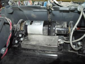 Motor for main brushes